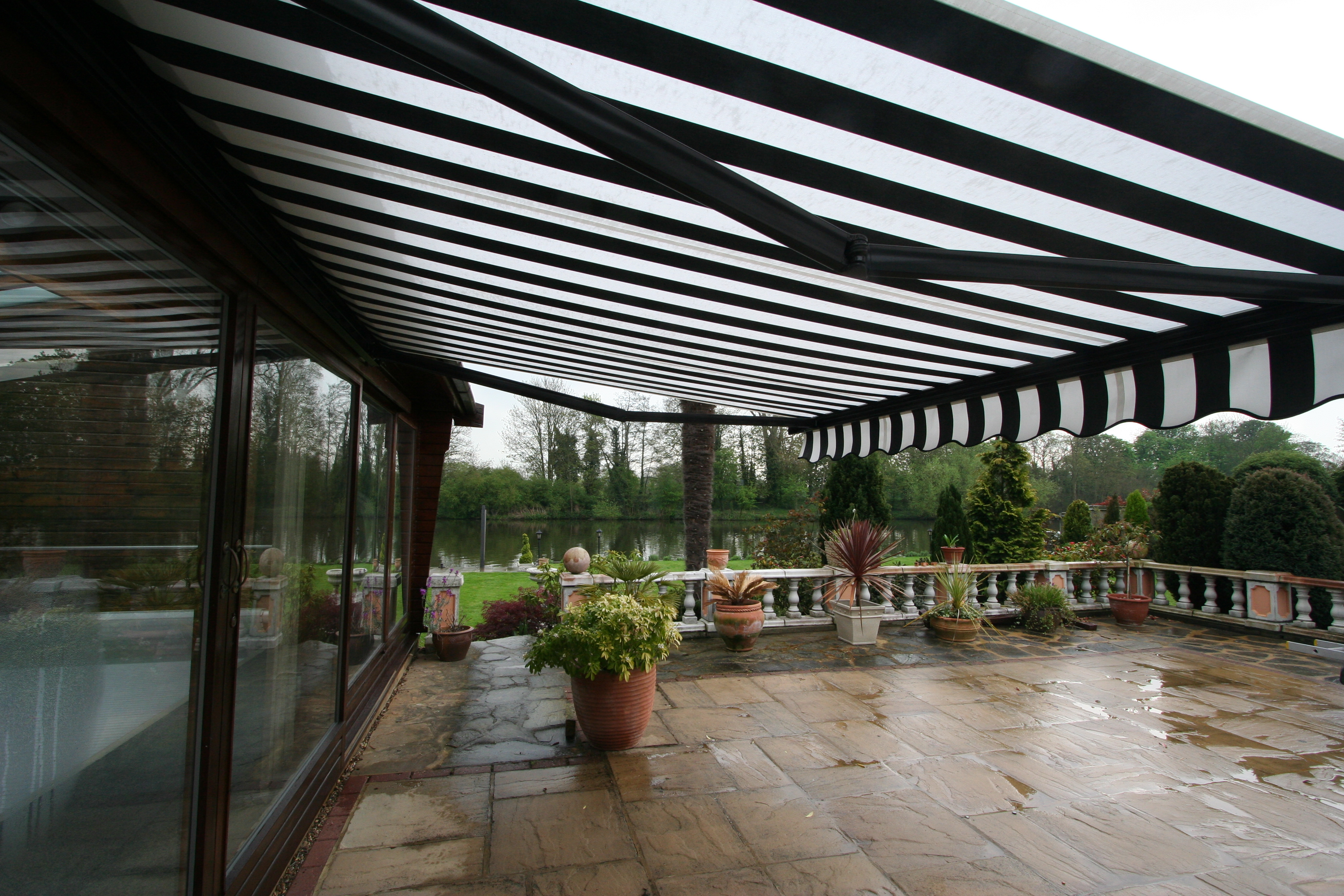 Black And White Awning 016 Kover It Blog