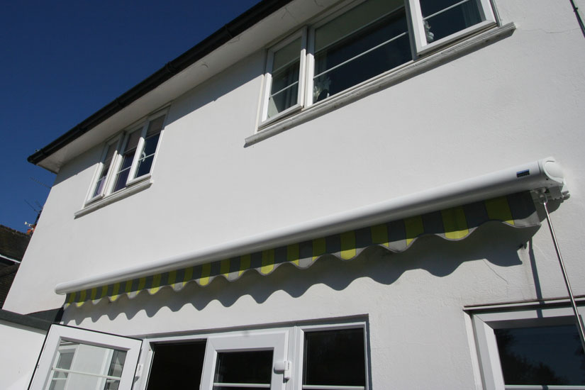Markilux 990 Awning Grren & Yellow Stripes Closed