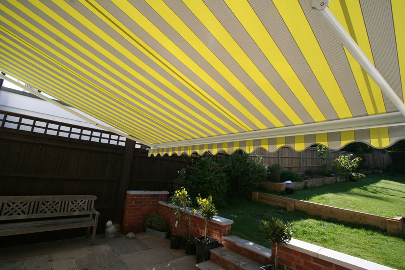 Markilux 990 Awning Grren & Yellow Stripes Underneath