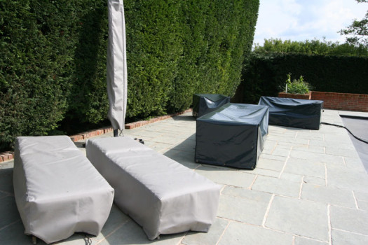 Kover-it garden furniture covers in PVC-ST and Sunbrella