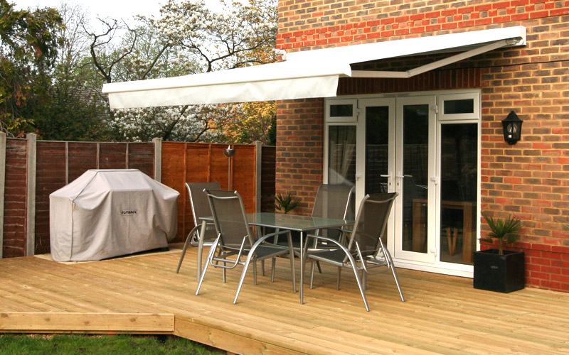 Awnings We Supply Domestic Amp Commercial Retractable Patio